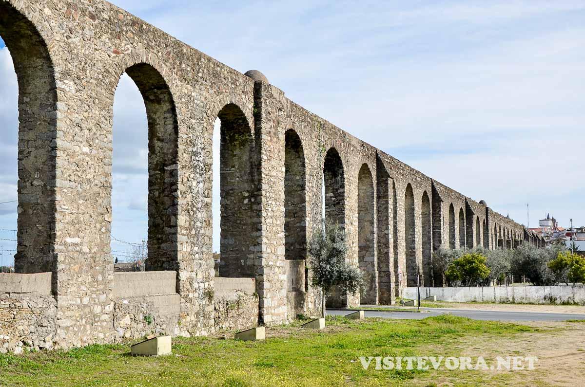 Agua Prata Aqueduct Evora
