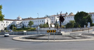 How to get to Evora, travel to Evora