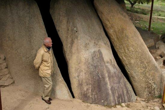 bike evora megalithic dolmen