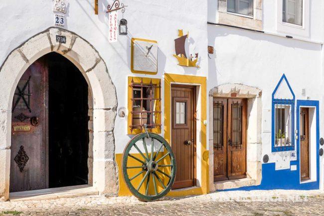 visit estremoz guide street