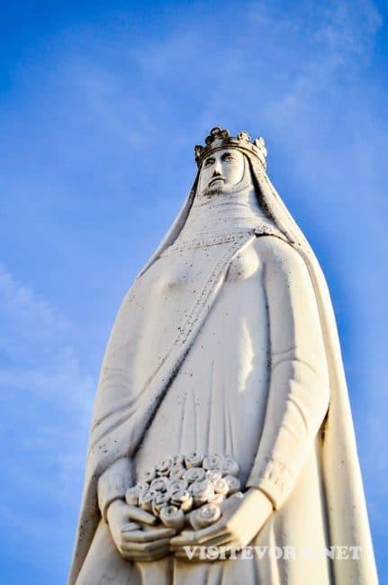 visit estremoz queen isabel
