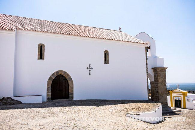 evoramonte castle church