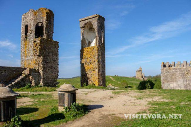 montemor castle alentejo