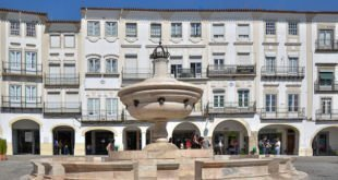 Ruas Comercio Local Evora