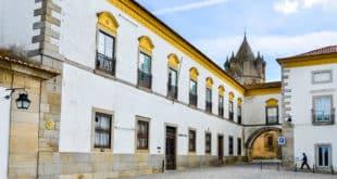 Biblioteca Pública de Évora