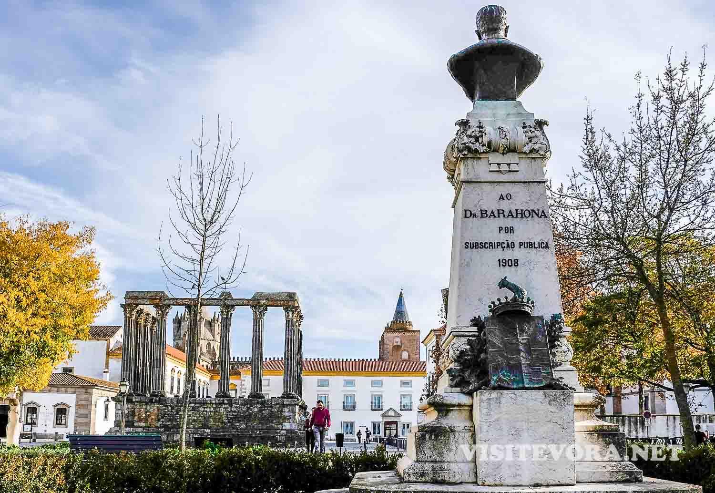evora templo romano
