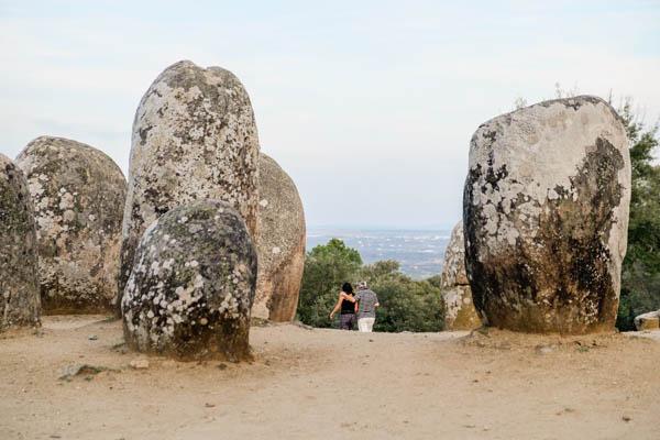cromeleque almendres megalitismo