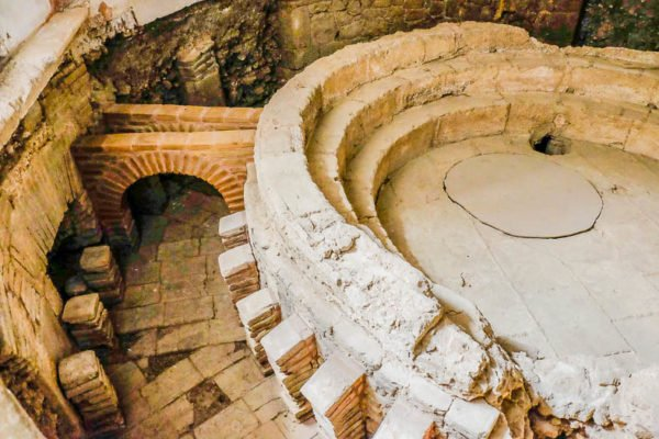 romanos evora portugal