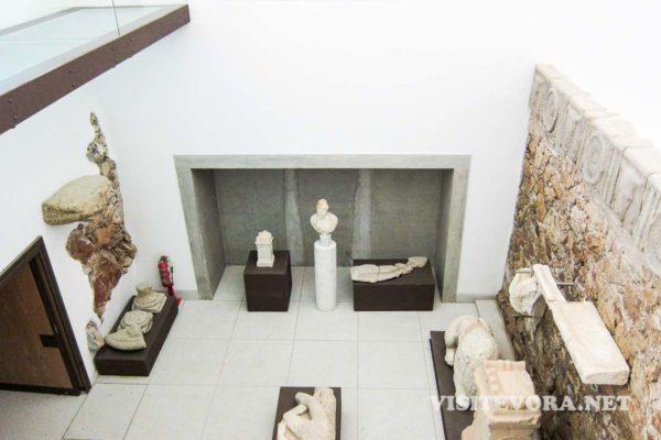 vestigios romanos evora museu