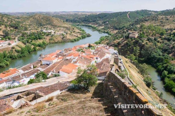 vista desde castelo mertola