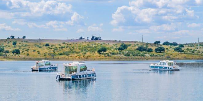 Lago Alqueva – Barcos-casa (e outras atividades) | Surpreendente Alentejo